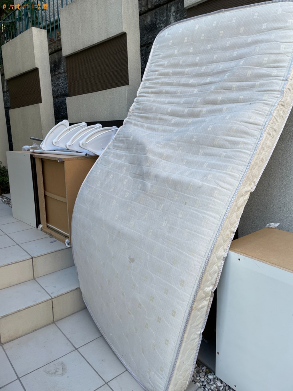 【川崎市高津区】マットレス付きシングルベッドの回収・処分ご依頼
