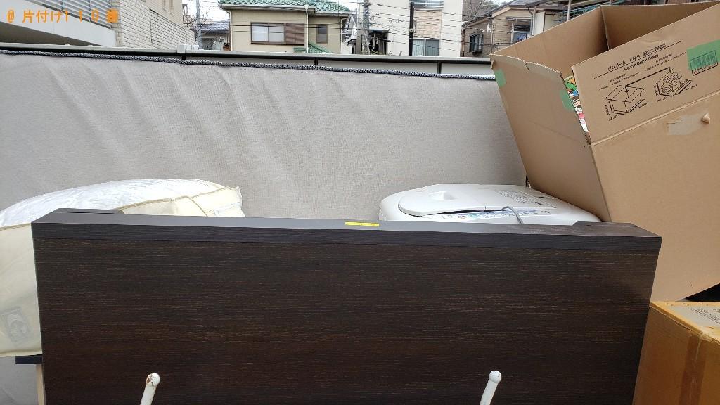カラーボックス、マットレス付きセミダブルベッド等の回収