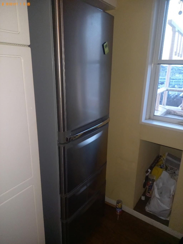 冷蔵庫、三人掛けソファーの回収・処分ご依頼
