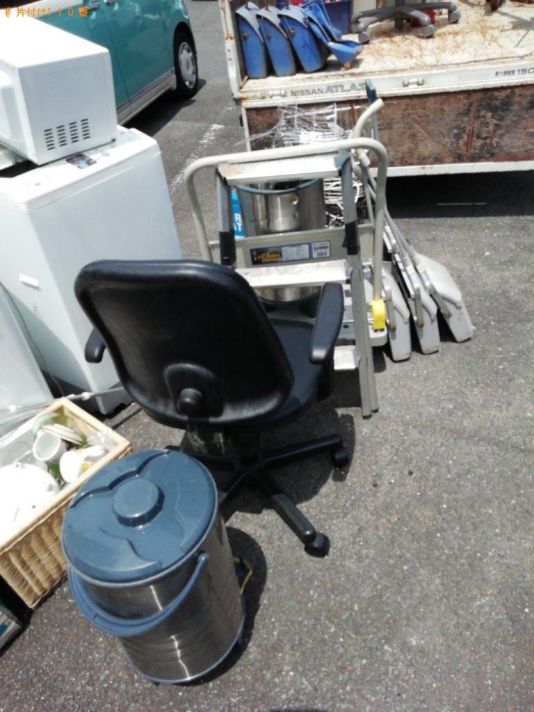 【小田原市】遺品整理に伴い冷蔵庫、下駄箱、ちりとり、自転車のカゴ等の回収