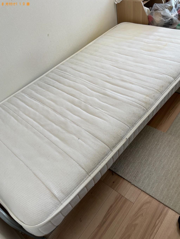 【横浜市神奈川区】マットレス付きシングルベッドの回収・処分ご依頼